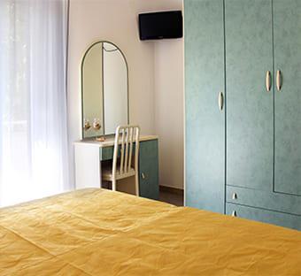 hotel flora bellaria camere tv lcd
