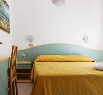 hotel flora bellaria listino camera doppia
